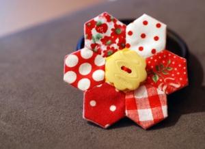 Hexagon flower brooch blog